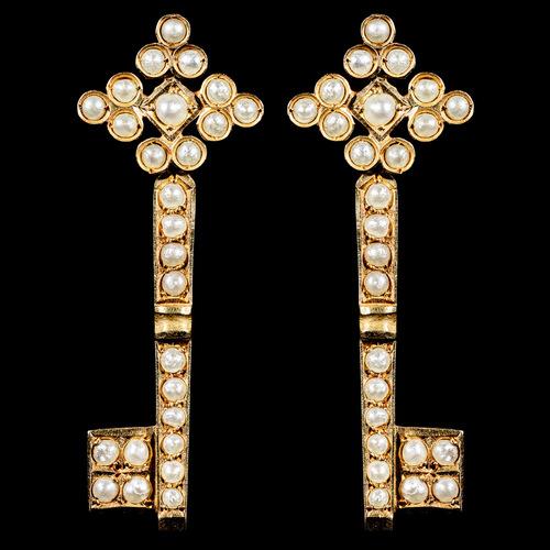 2015 alexia sinclair the golden key